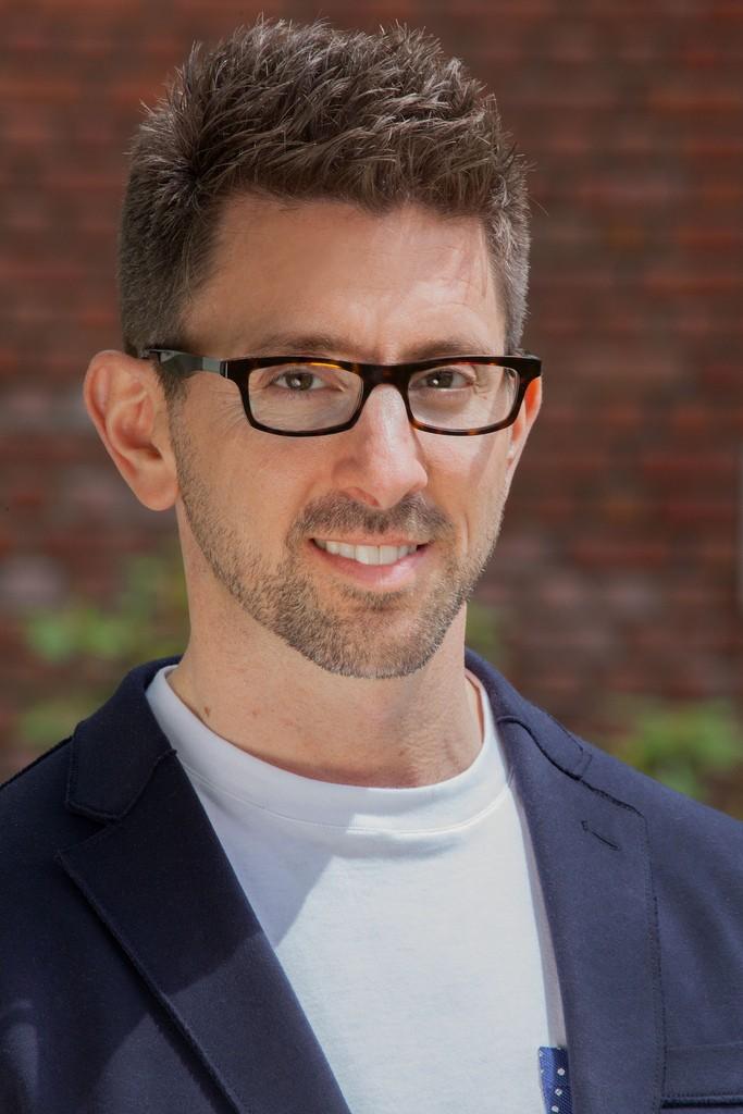 Dr Mark Brackett